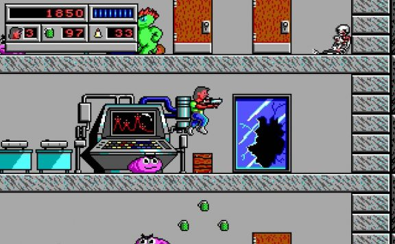Bio Menace Screenshot